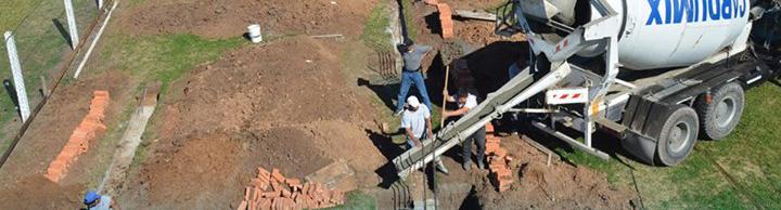 Los cimientos se van llenando